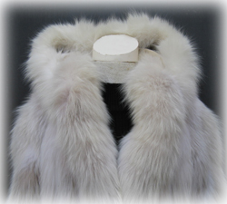 Hooded Blush Fox Fur Coat Collar Close Up image