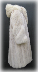 Hooded Blush Fox Fur Coat Side image