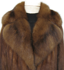 Lunaraine Mink and Sable Fur Coat Collar Close Up image