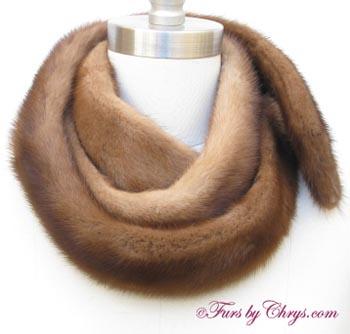 Fendi Fall Winter 1819 black scarf with logo patch