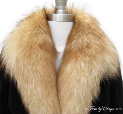 Sheared Brown Mink and Crystal Fox Stroller Coat Collar Close Up image